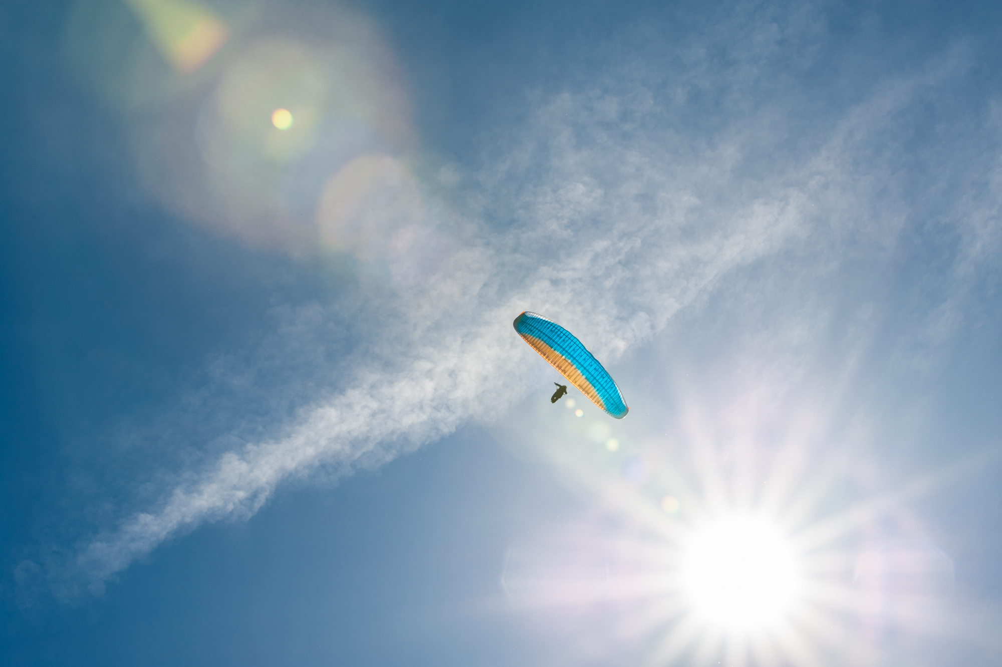 Full size lightbox of Paraglide Canada image 0